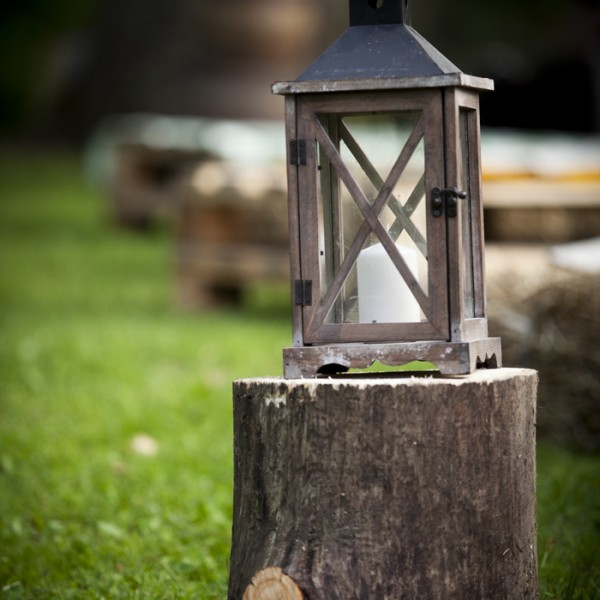 Happy moments_ Wooden Lantern (1)