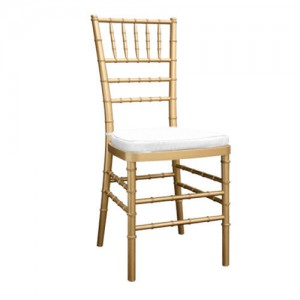 Happy moments_ Chiavary gold chair