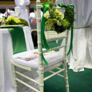 happy moments_chiavary chair